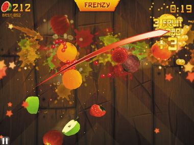 由于游戏动作更复杂,水果忍者ipad版则采用了从头至尾的技术来渲染动作