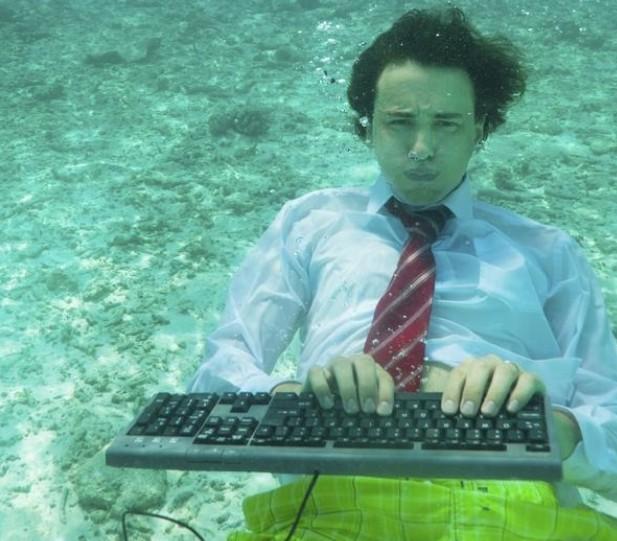 """""""沉浸式体验""""网站将为你带来更多的商机 三联"""