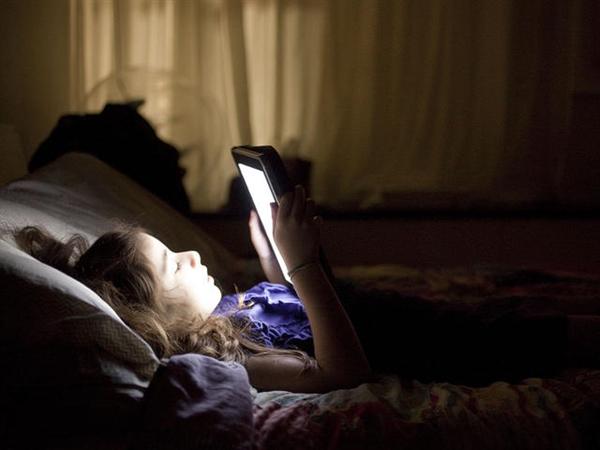睡前做这些事会让你睡不着、起不来