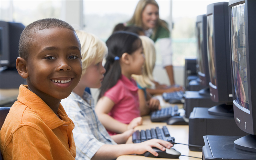 bigstock-Children-At-Computer-Terminals-3917438