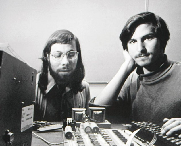 Steve-Jobs-and-Steve-Wozniak-at-Apple-630x509