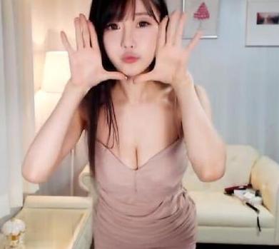 黄色meinvzhao_zhibomeinv