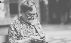 中老年网民图鉴:社交圈里圈外的互联网生活洞察