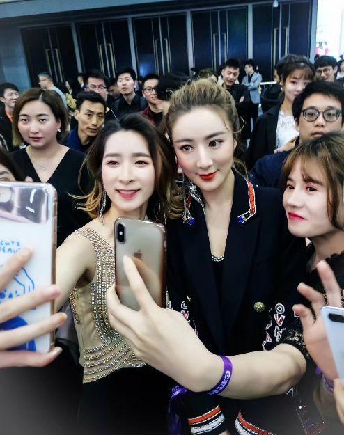 1天消费180亿韩元,她的女人们竟然把韩国买空了!