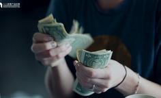 为什么我们会捂不住钱包,一步步沦为剁手党?