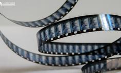 Axure RP8 教程:照片胶片放映滚动效果制作(二)