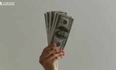 """会赚钱的人,都是会""""改""""的"""
