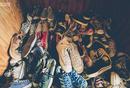 """结合《疯传》增长理论,探讨炒鞋是如何""""疯传""""的?"""