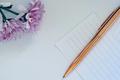腾讯产品面试题:请列举一支笔的20种用途