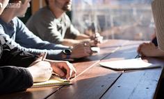 在线学习平台:如何进行活动实施、监控与干预?
