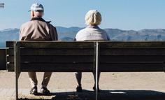 真正驱动老年人消费的,是终点焦虑