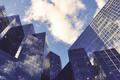 产品市场策略:高屋建瓴还是基层垒起?