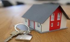 互联网狂追房地产