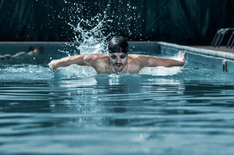 [原创]联想不再甘当裸泳者?