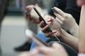 抖音和微博:两种不同的@人方案