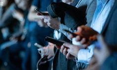 """用户""""白嫖""""会员,流媒体平台应该睁一只眼闭一只眼吗?"""