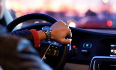 从网约车市场的行业特征看滴滴出行的发展策略
