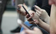一款不能「自拍」的图片社交软件,怎么社交?