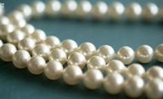 离开美团后,她开了一家珍珠手工坊